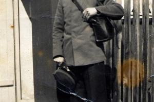 Konrad Piontek jako listonosz. Rozmierka przed 1939 r.