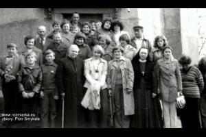 Pielgrzymka do Barda Śląskiego z ks. Emanuelem Kostką. Rok 1978