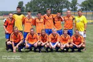 Piłkarze LKS Jedność Rozmierka w 2012 r.